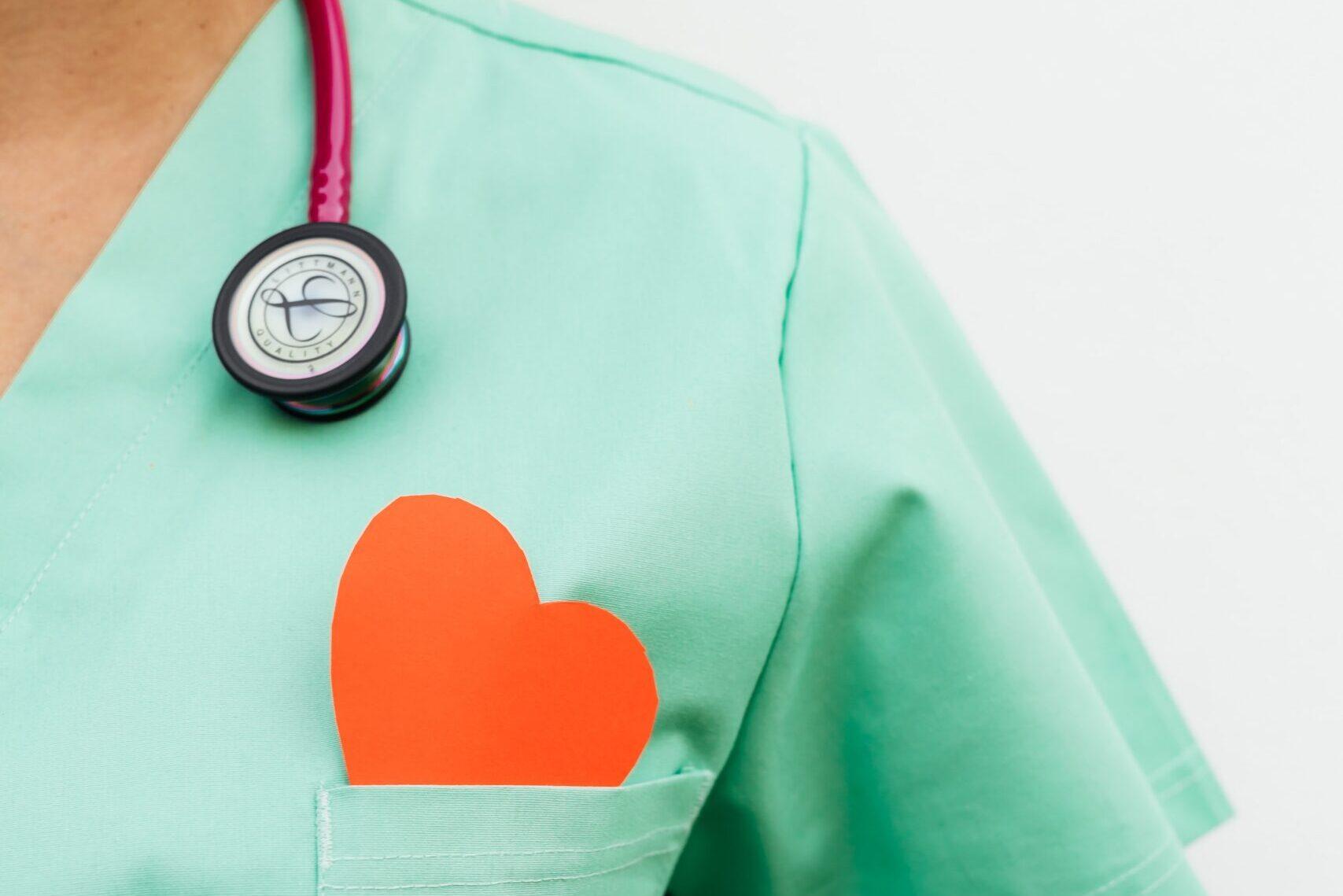 kloppend hart van zorgprofessional